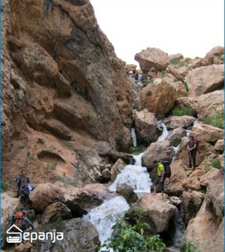 عکس های آبشار روستای لزور