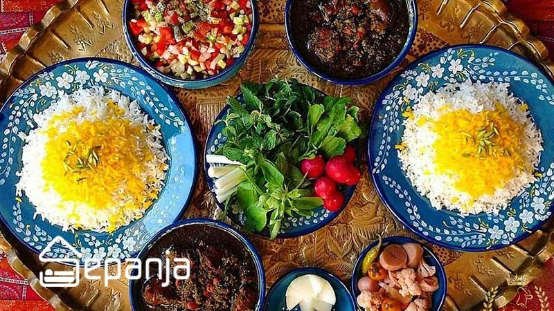 قورمه سبزی از غذای محلی استان های مختلف
