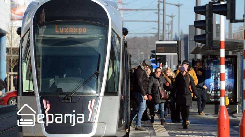 وسایل حمل و نقل عمومی برای کاهش هزینه های حمل و نقل در سفر