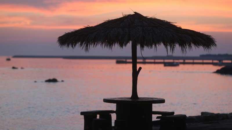 امکانات ساحل مرجان