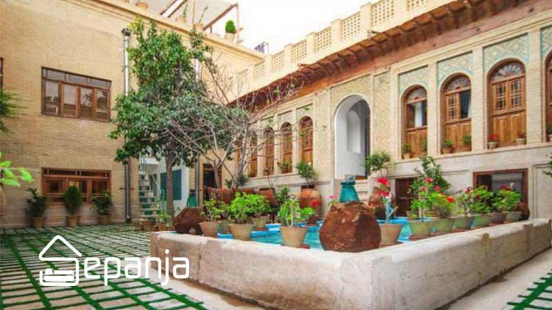 اجاره بومگردی و اقامتگاه سنتی در شیراز
