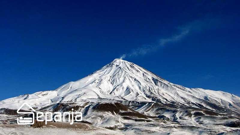 کوه دماوند یکی از جاهای دیدنی استان تهران