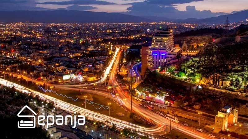 نمایی از شهر و سفر به شیراز