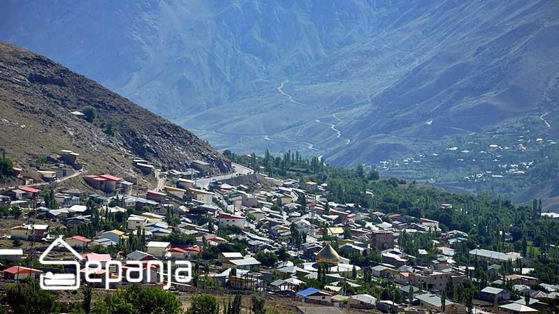 نمایی از شهر دماوند از جاهای دیدنی استان تهران