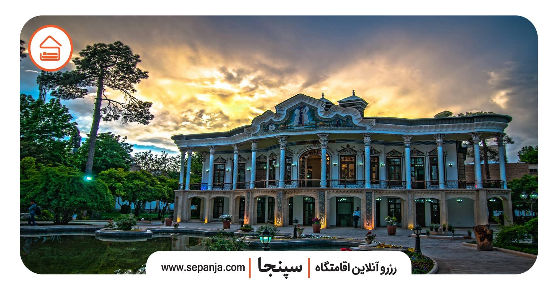 نمایی از بنای اصلی عمارت شاپوری شیراز