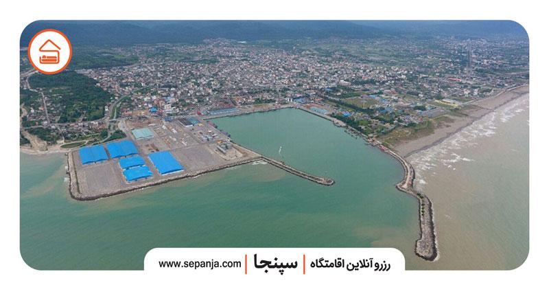 نمایی از شهر نوشهر در مازندران