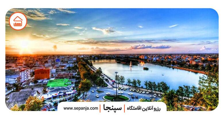 نمایی از شهر لاهیجان از بالا