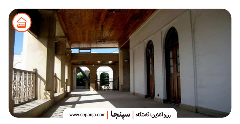 نمایی از جاهای دیدنی عمارت کازرونی بوشهر