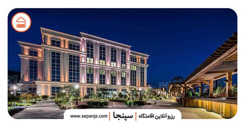 نمایی از مرکز خرید سانا تهران