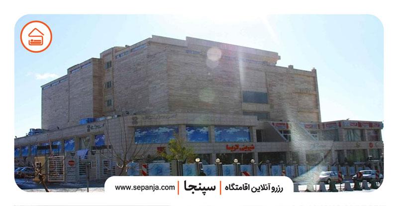 نمایی از مرکز الماس ایران