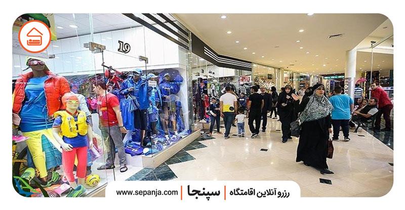 نمایی از فروشگاه های بازار مرجان کیش