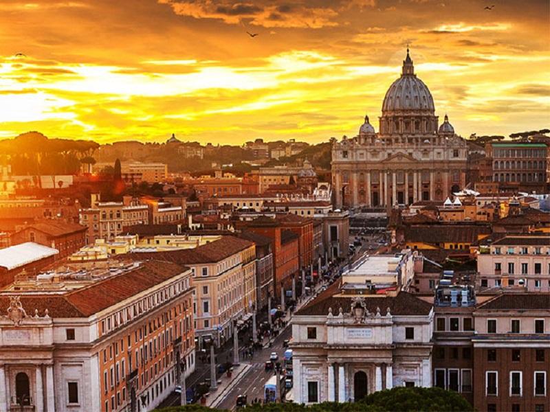 اقامت در رم