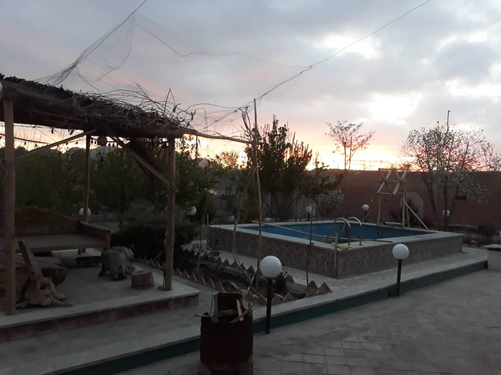 Village باغ و ویلا اجاره ای در اصفهان