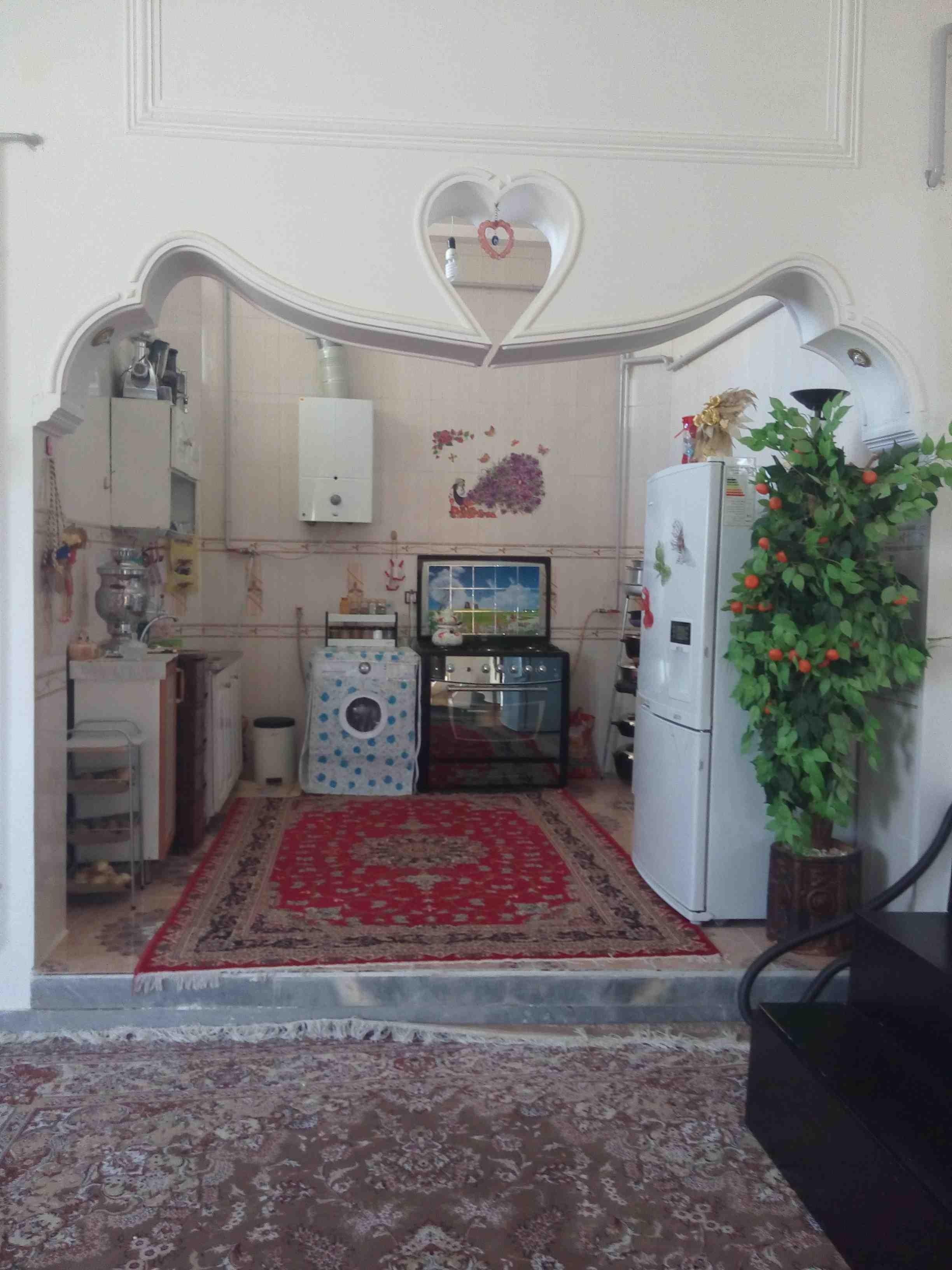 شهری آپارتمان مبله دربست گرماب شهر زنجان - دو خواب