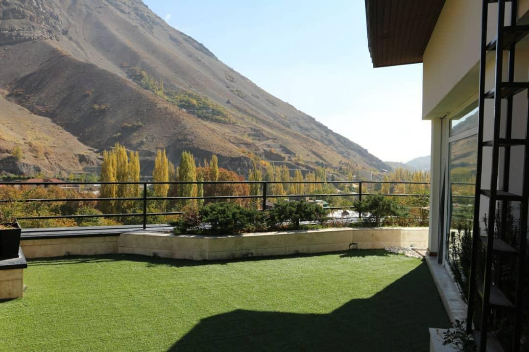 کوهستانی ویلا استخردار در اوشان فشم تهران