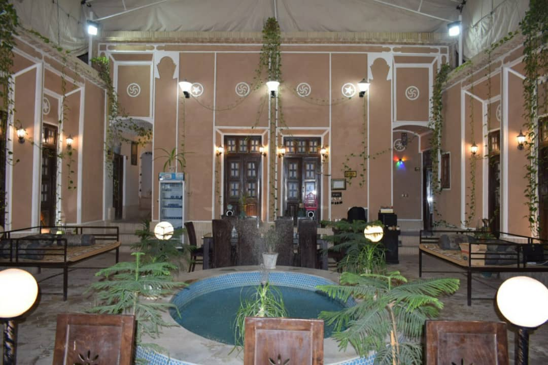 بوم گردی اقامتگاه سنتی دو تخته در فهادان یزد - 1