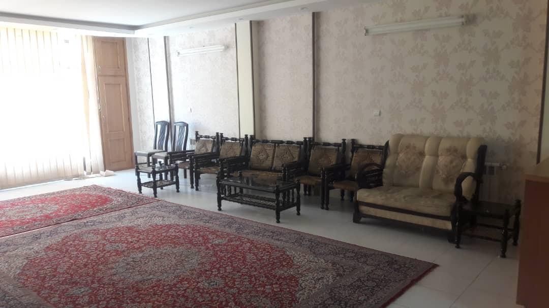 townee خانه دربستی در چهارباغ خواجو اصفهان