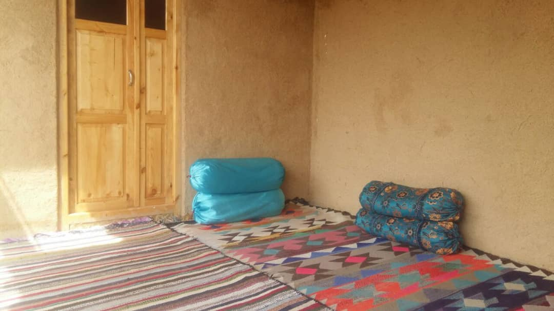 بوم گردی اتاق بومگردی در قلعه سنگی خرم آباد  - 4