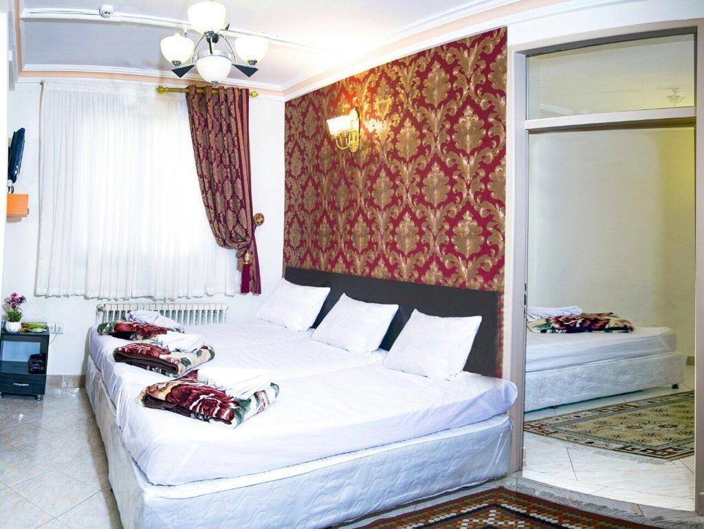 شهری هتل آپارتمان قیمت مناسب در مشهد - اتاق 102