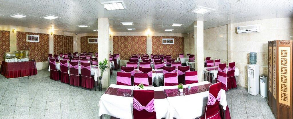 townee سوئیت قیمت مناسب در مشهد - اتاق 104