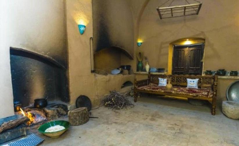 بوم گردی خانه سنتی در فهادران یزد - اتاق ترمه