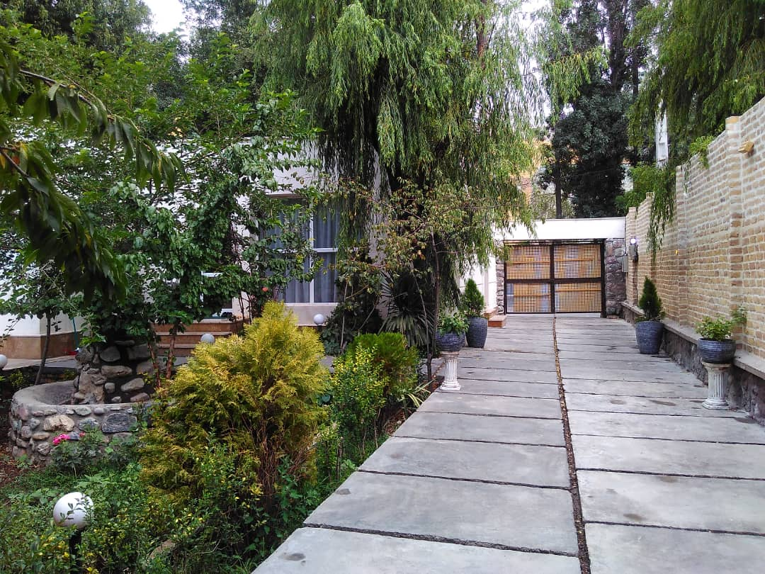 townee باغ و ویلا استخردار در لواسان