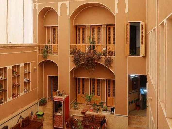 شهری خانه سنتی در امام خمینی یزد