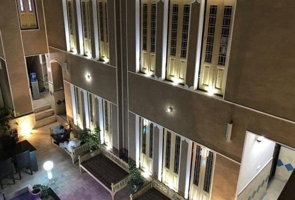 شهری هتل سنتی در امام خمینی یزد