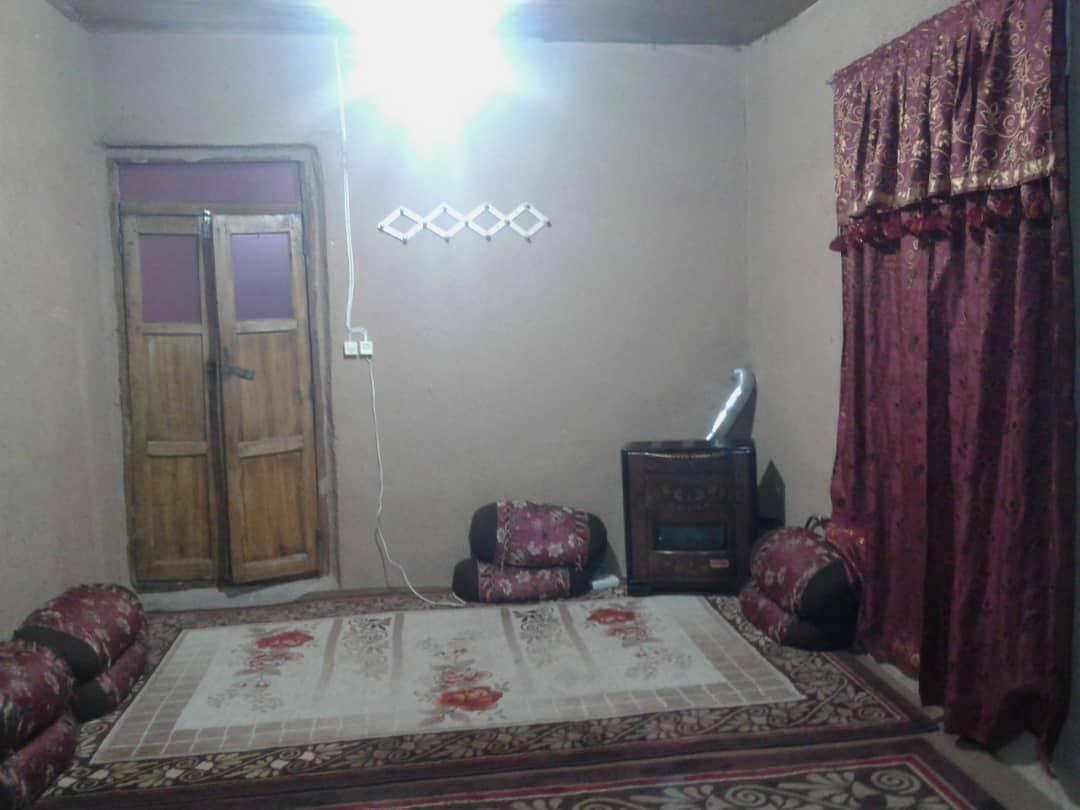 درون شهری اقامتگاه سنتی در صفاشهر