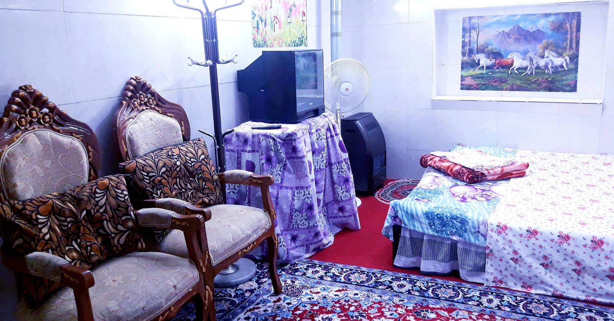 townee سوییت مبله در میدان لاله اصفهان