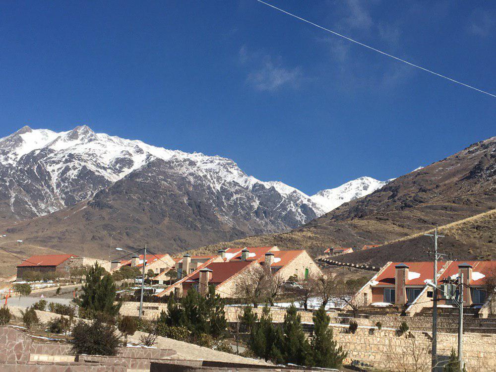کوهستانی  ویلایی کوهستانی در کشه نطنز