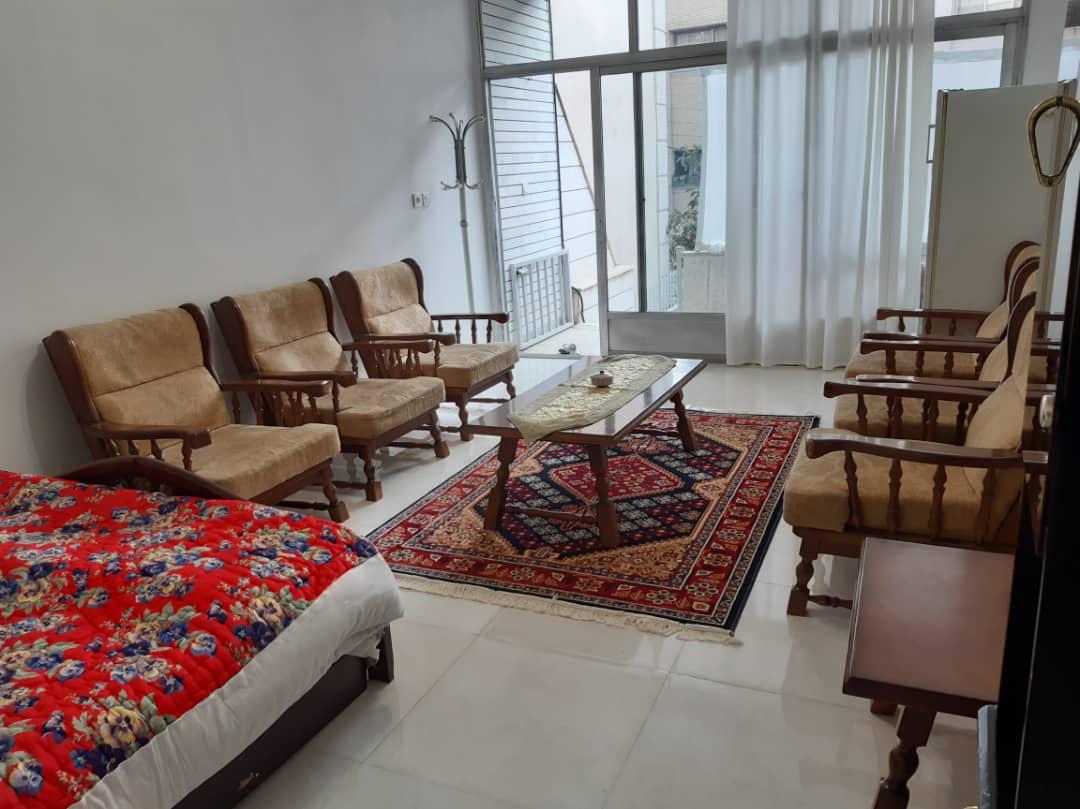 townee سوئیت مبله در پل خواجو اصفهان