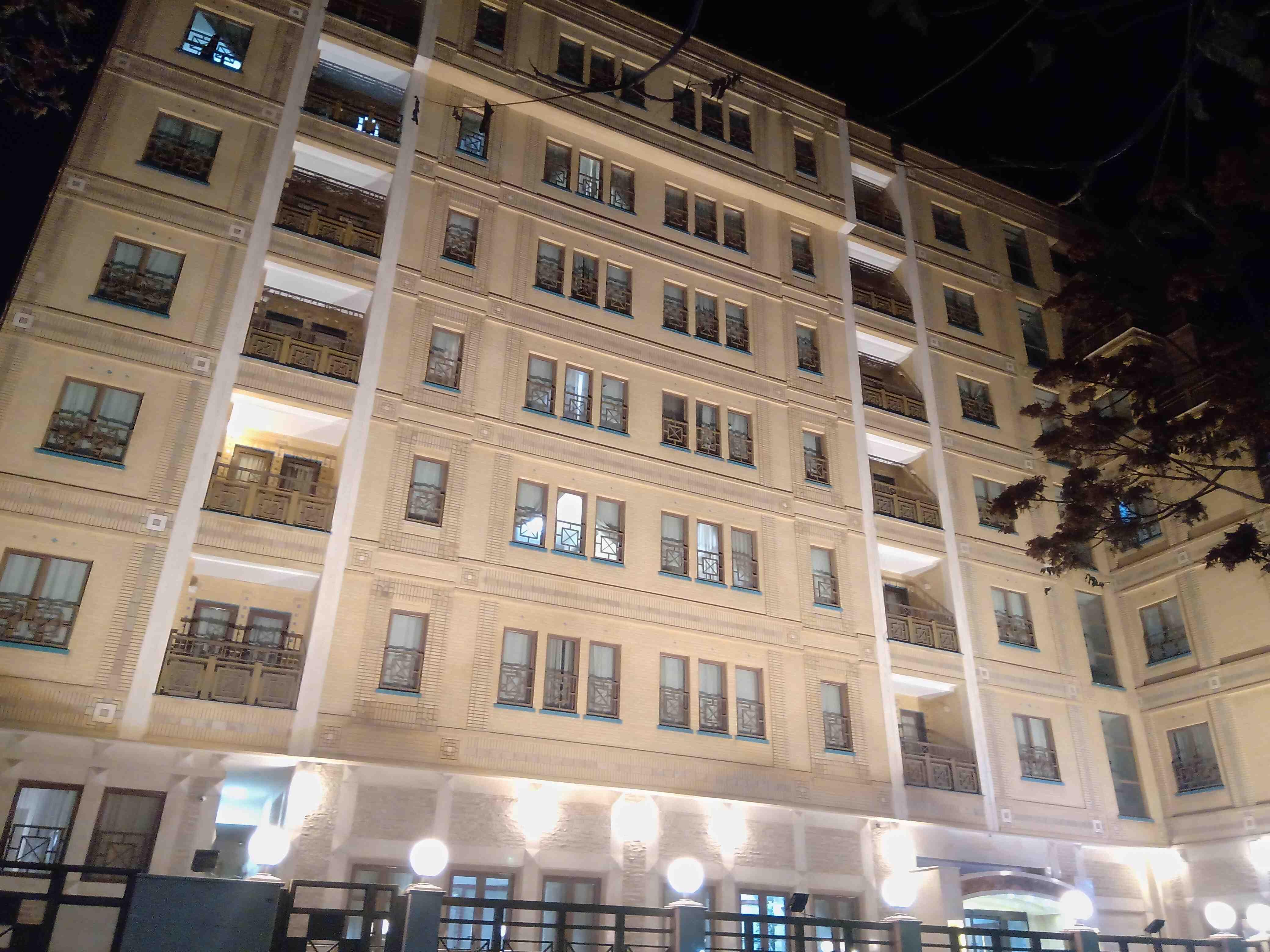 شهری هتل آپارتمان در میدان بسیج مشهد