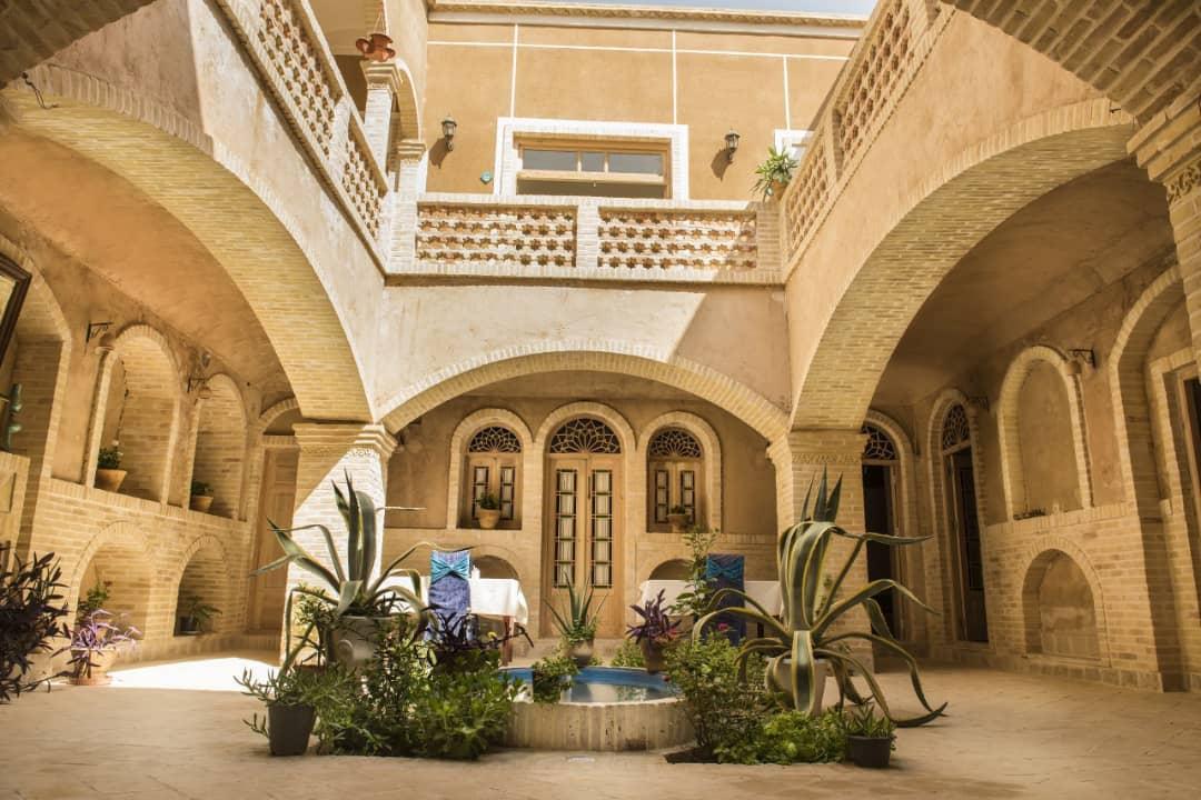 بوم گردی هتل آپارتمان سنتی در یزد