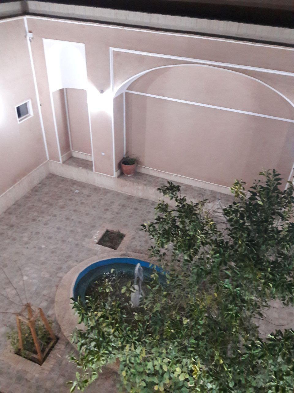 بوم گردی منزل سنتی مبله در یزد -  دربست
