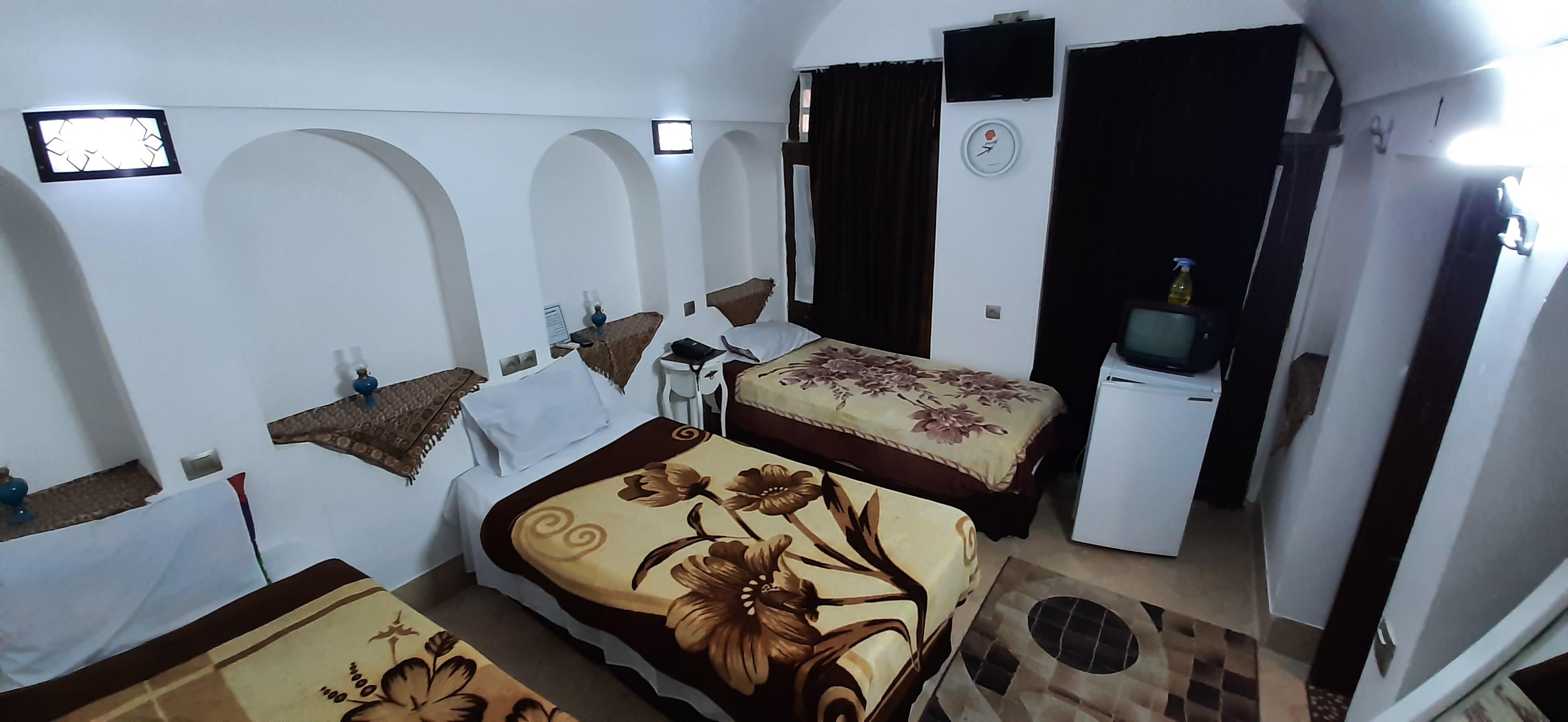 بوم گردی اتاق سنتی سه تخته در فهادان یزد - 2