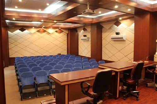 درون شهری هتل سه تخته در شهریار تبریز