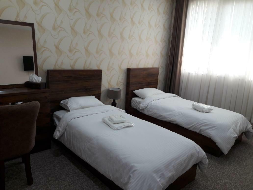 شهری هتل دو تخته در ولیعصر جم