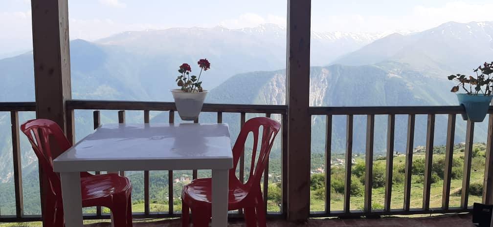 کوهستانی کلبه کوهستانی در ییلاق رودبار