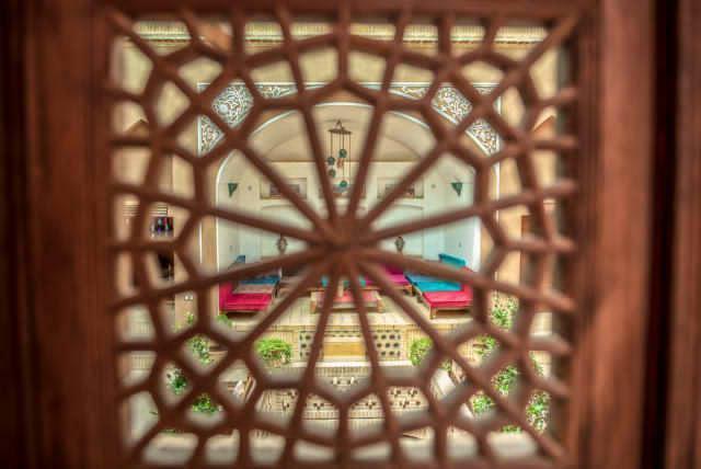 شهری اقامتگاه سنتی سه تخته در امام خمینی یزد - 2