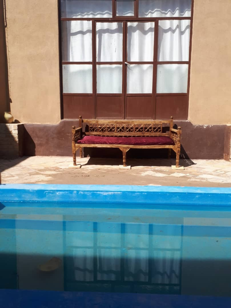 بوم گردی خانه سنتی در امام خمینی یزد - ستاره
