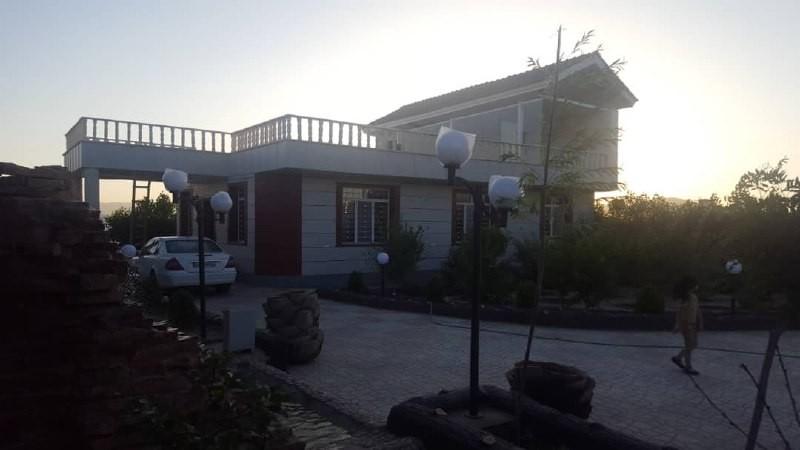 حومه شهر باغ ویلا با استخر سرپوشیده در قلات