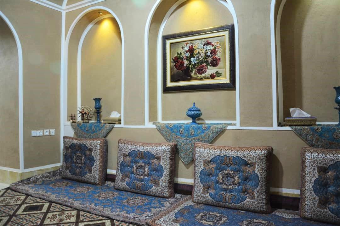 بوم گردی خانه سنتی در قیام یزد - اتاق مریم