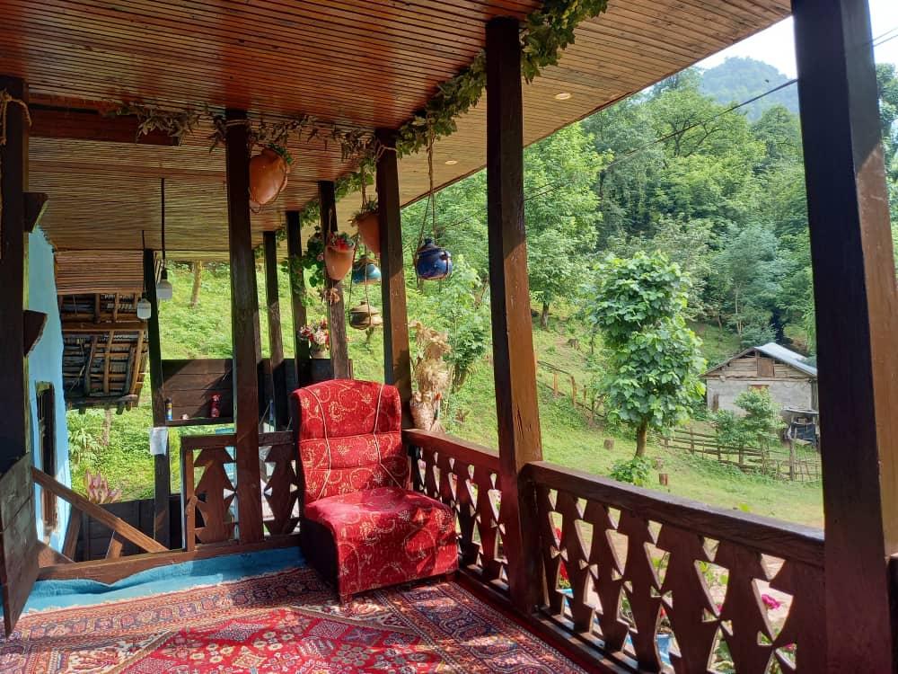 جنگلی کلبه چوبی در روستای چسلی ماسال