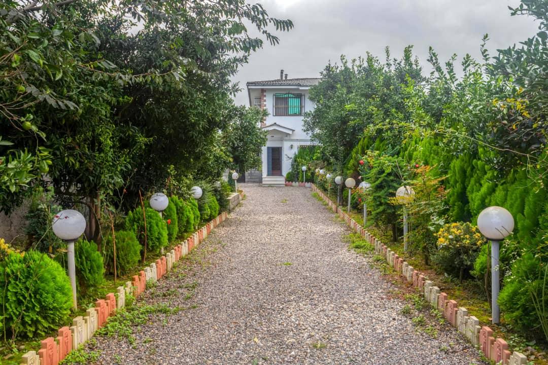 جنگلی باغ و ویلا استخرسرپوشیده در بلوار عباسمفرد رامسر