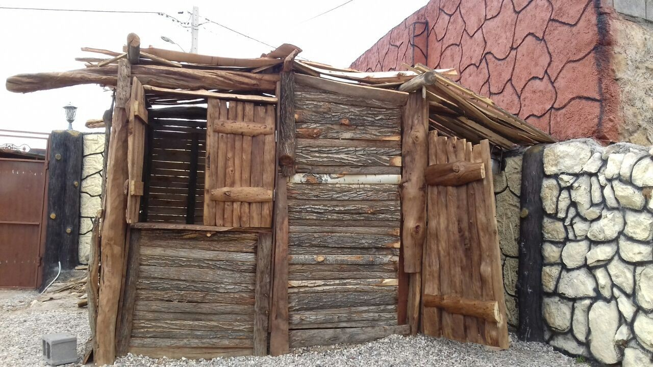 بوم گردی کلبه سنتی در فسا-کلبه1