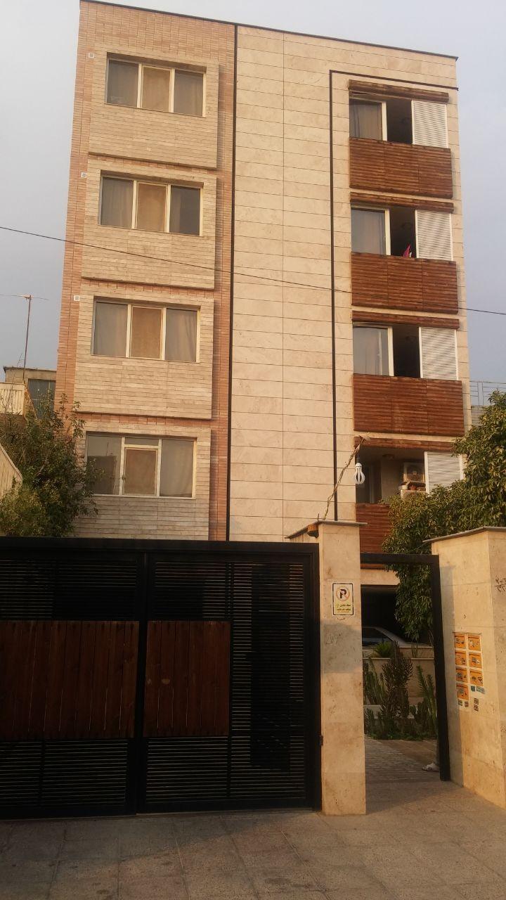 درون شهری  خانه مسافر روزانه در رودکی شیراز
