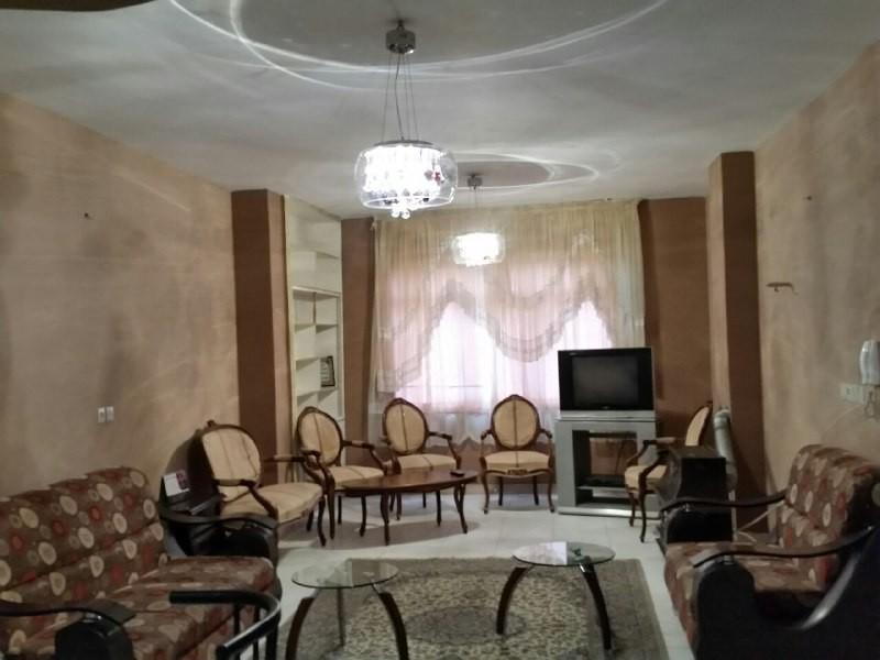 درون شهری آپارتمان مبله در باغ دریاچه اصفهان - طبقه اول