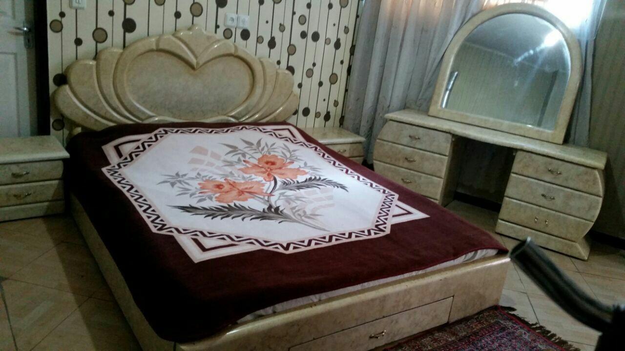 درون شهری آپارتمان اجاره ای در امیریه اصفهان - طبقه اول