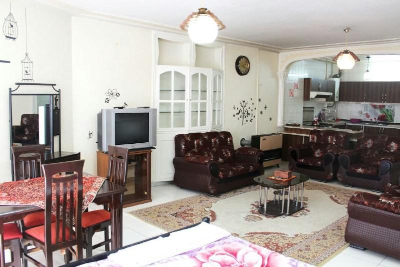درون شهری آپارتمان مبله در چهار باغ عباسی اصفهان -واحد 1 طبقه دوم